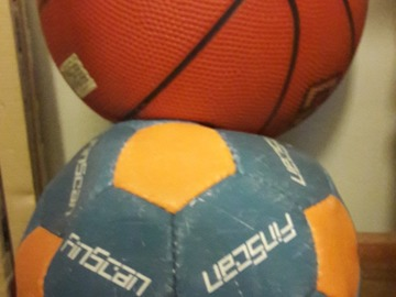 Selling: Basketball size of 5,