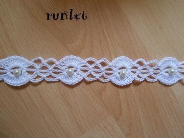 Vente au détail: choker/Tour du cou  crocheté coton beige,collier,ras du cou