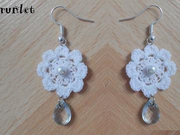 Vente au détail: boucles d'oreilles fleur crochet/Boucles d'oreilles fleurs