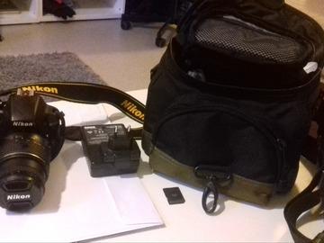 Myydään: Nikon d3300 (rarely used like new)