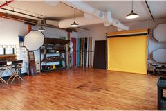 Vermieten: Test Photography Studio for Rent in NYC.