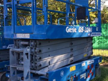En alquiler: Plataforma tijera electrica GENIE o JLG