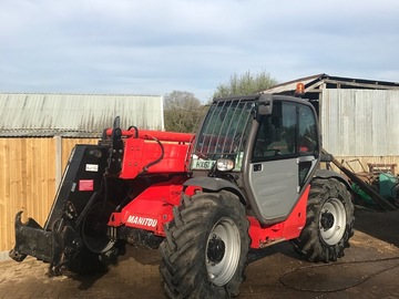 Daily Equipment Rental: 9 metre manitou