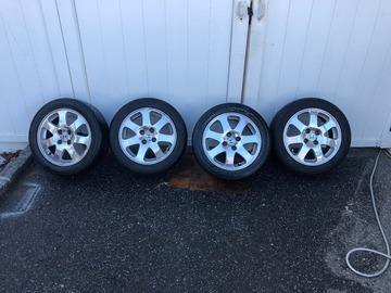 Selling: 15x7 | 4x100 | OEM Honda Civic SI wheels for sale