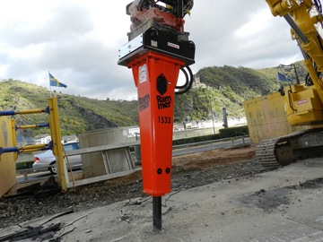 Daily Equipment Rental: Rammer BR1533 14t Hydraulic Breaker