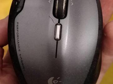 Myydään: Logitec performance wireless laser mouse