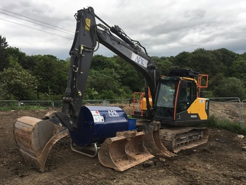 Daily Equipment Rental: Volvo EC140 EL 14Te Excavator | Prolec Lifting system
