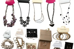 Sell: 100 pieces Kohl's Store jewelry lots over $1800.00 retail