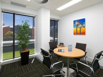 Paid: Gold Coast Business Hub - Meeting Rooms