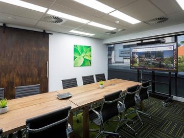 Paid: Gold Coast Business Hub - Boardroom / Training Room