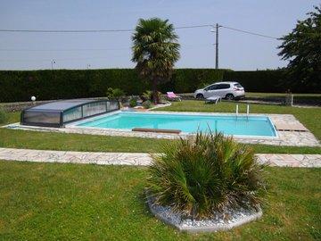NOS JARDINS A LOUER: jardin avec piscine plus de 2600M2