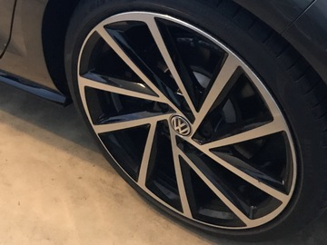 Selling: 19 inch englishtown for golf / r / gti