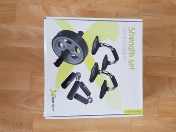 Myydään: Strength training set