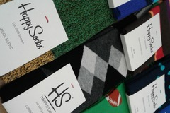 Sell: 96 Pairs of Happy Socks For Men & Women ($1152 Retail)