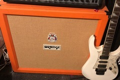 Renting out: Orange Full Cab