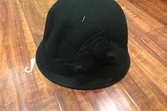 Sell: NINE WEST -   Wool Felt Double Self Flowers Cloche Hat One