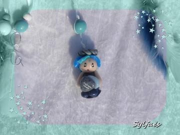 Vente au détail: Petit Attrape-rêves féerique figurine zodiaque verseau garço