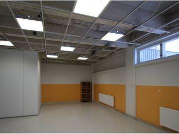 Renting out: Korkea ateljeetila 66 m2 Herttoniemessä vapaana 1.5. alk