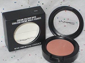 Buscando: cream colour base HUSH de MAC