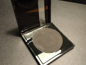 Venta: MAKE UP FOREVER - Sombra negra n°4