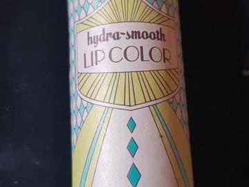 Venta: Hydra-smooth lip color benefit