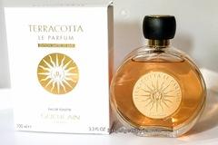 Buscando: Perfume Terracotta de Guerlain y aceite