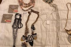 Sell: Wholesale lot of 348 pc Department Store Jewelry Silver