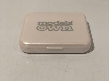 Venta: Iluminador models own tono golden sand