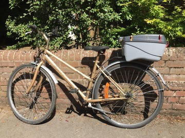 Renting out: North Oxford Ride with a box to store precious possessions