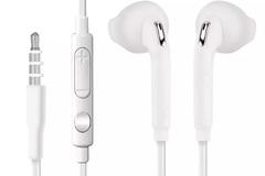 Sell: 85 X  Dual port USB Car chargers & Samsung Earphones