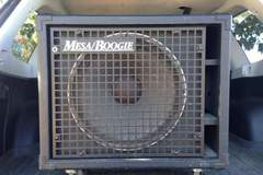 Renting out: Mesa/Boogie Diesel 1x15 Bass Cabinet w/ EVM 15L Speaker
