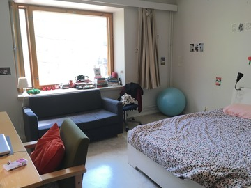 Annetaan vuokralle: Studio Room in shared APT OTANIEMI