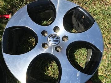Selling: 18x? | 5x112 | VW GTI Detroit