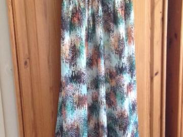 Ilmoitus: Elegantti Opulence mekko kevään ja kesän häätilaisuuteen