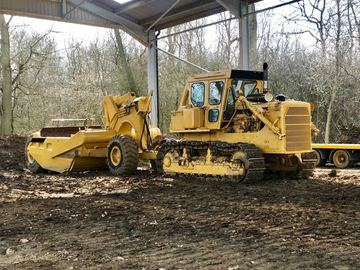 Hourly Equipment Rental: CAT D8k with Rome scraper box