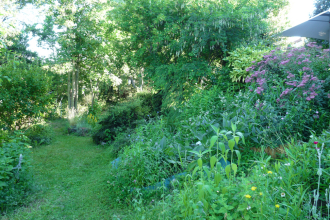 Jardin privé ombragé et calme Jardins