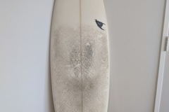 """For Rent: 5'11"""" Squash Tail Short Board"""