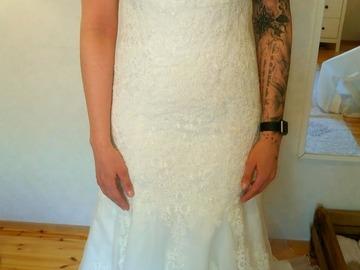Ilmoitus: Pitsinen merenneito mallinen puku