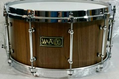 Selling with online payment: Walberg & Auge Elite Series 7 x 14  Walnut Stave Shell