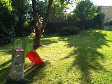 NOS JARDINS A LOUER: Beau jardin avec terrasse (30m²)