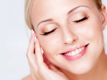 Ofreciendo Servicios: One Deep Cleaning facial + Microneedeling session