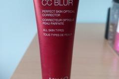 Venta: Skin Trainer CC Blur KIKO