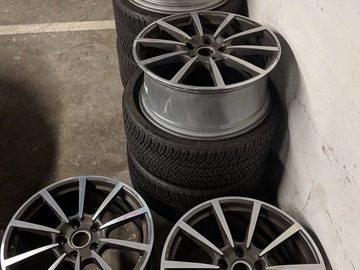 Selling: 20"