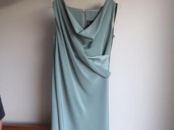 Ilmoitus: Katri Niskanen, mekko