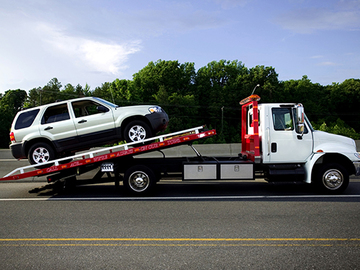 Announcement: Get FREE towing plus 10% OFF when you repair with us!