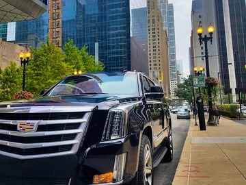 Ofreciendo Servicios: Luxury Suv Cadillac Escalade with private chauffeur in Miami