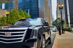 Offering Services: Luxury Suv Cadillac Escalade with private chauffeur in Miami