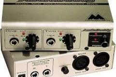 Renting out: Audio Buddy - Microphone Preamp  for 2 microphones.