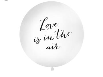 Ilmoitus: Love is in the air jätti-ilmapallo