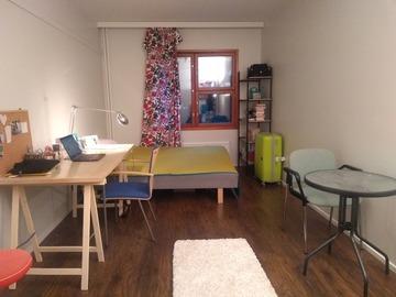 Annetaan vuokralle: Cozy private room next to Itäkeskus metro station
